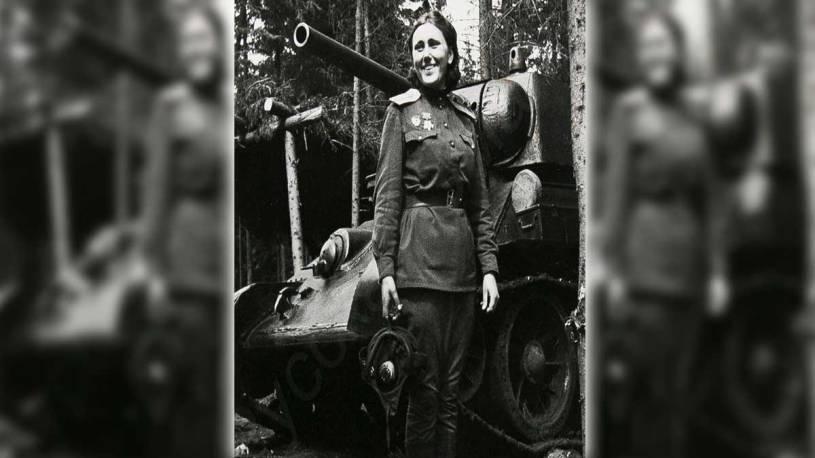 Mariya Oktyabrskaya and the Fighting Girlfriend